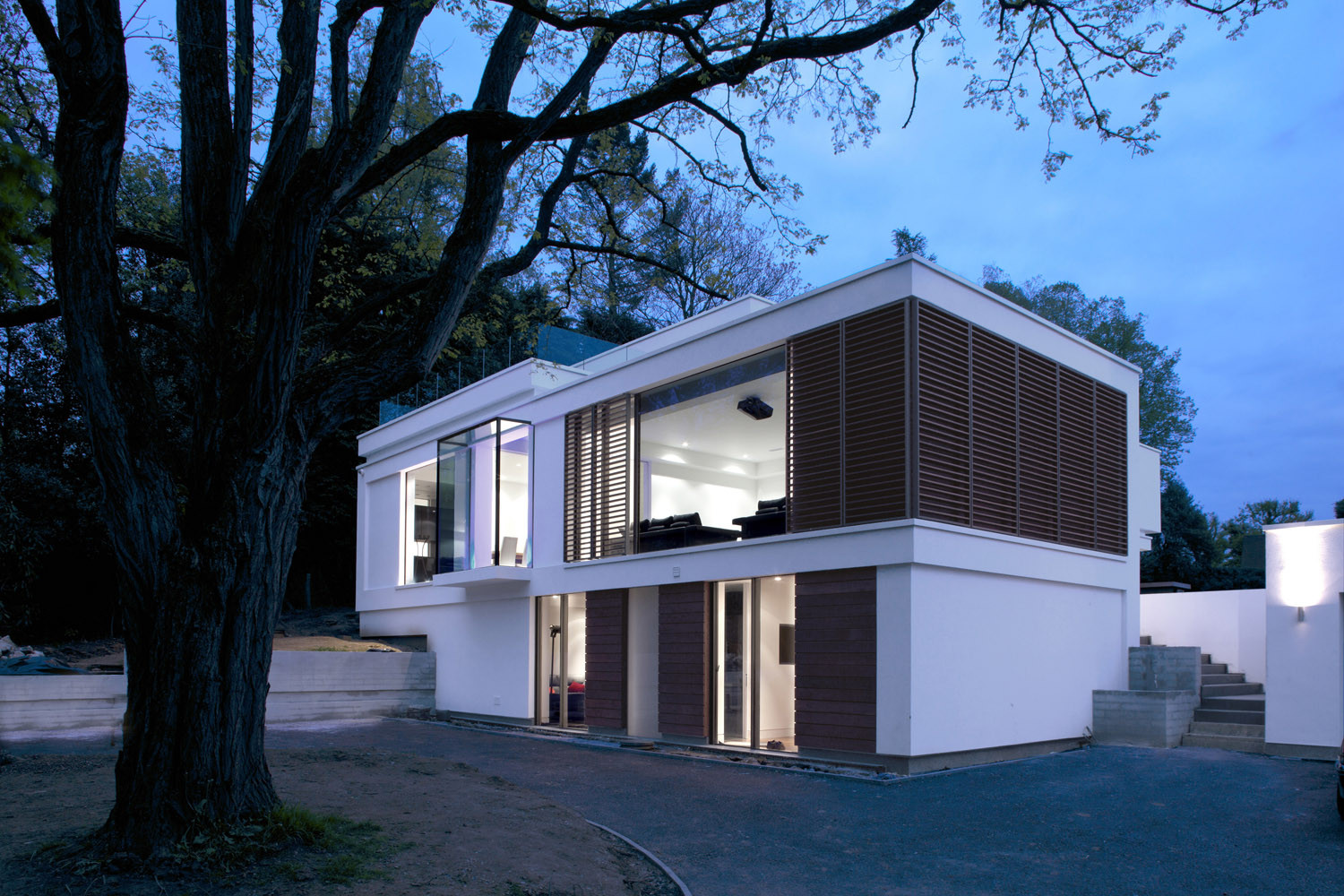 White Lodge by DyerGrimes Architects in Tandridge, England