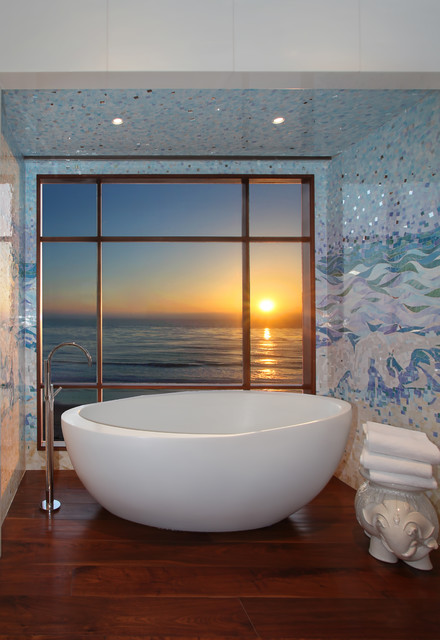 18 Gorgeous Bathroom Mosaics That You Shouldn't Miss