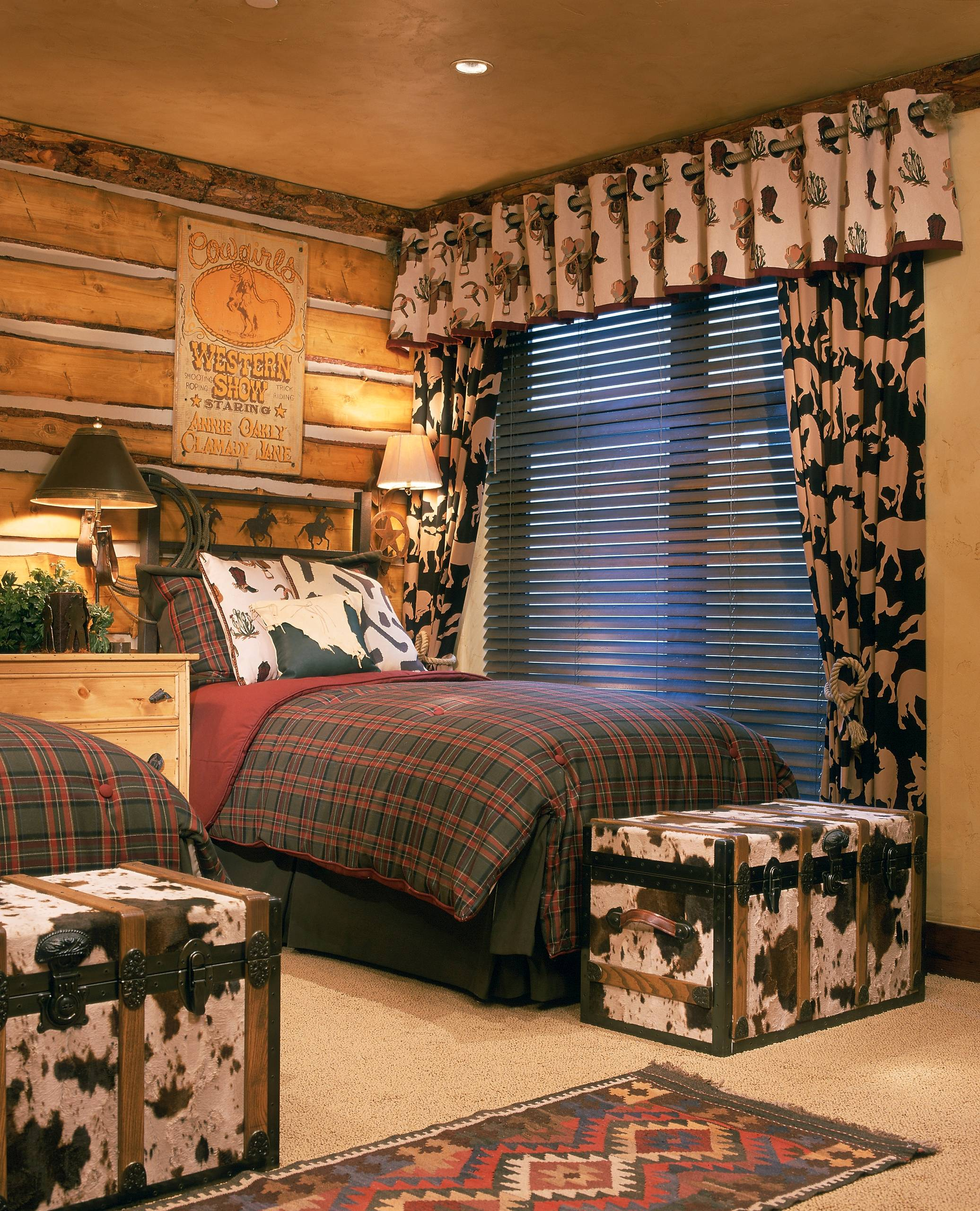 15 Charming Rustic Kids' Room Designs That Strike With ...