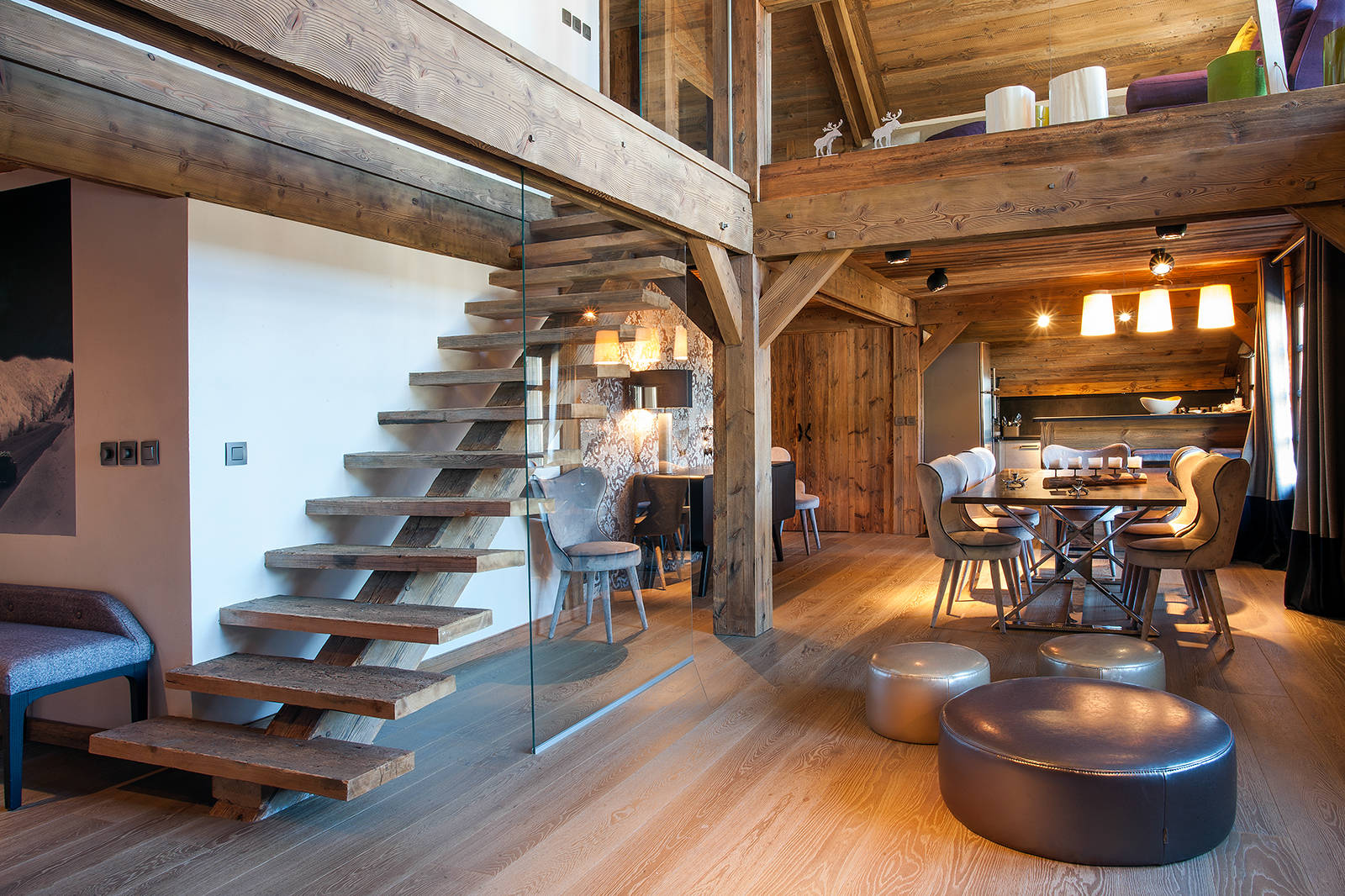15 enchanting rustic staircase designs that you 39 re going to fall in love with for Open plan house interior design