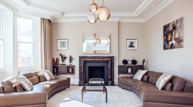 20 Adorable Small Living Room Designs With Traditional Charm