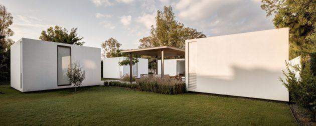 4.1.4 House by AS/D Asociación de Diseño in Jurica, Mexico