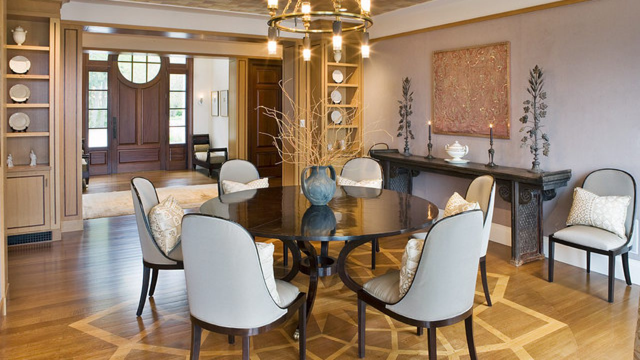Picture of: 20 Admirable Dining Room Designs With Wooden Circular Tables