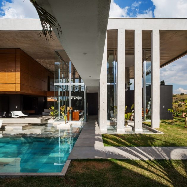 Botucatu House by FGMF Arquitetos in Botucatu, Brazil