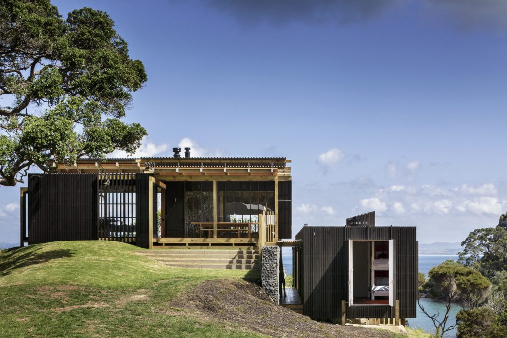 Castle Rock House by Herbst Architects in Whangarei, New Zealand (1)