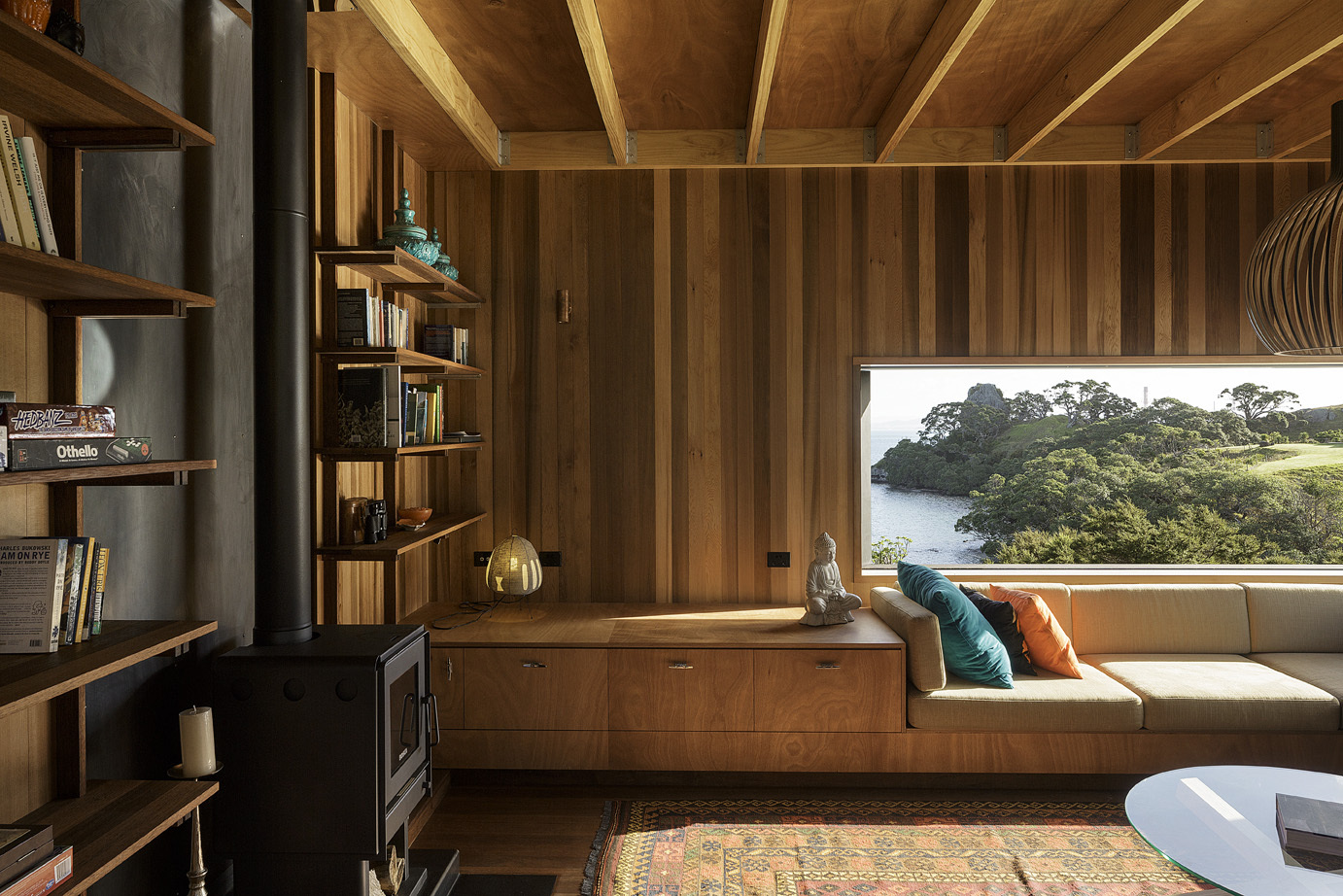 Castle rock house by herbst architects in whangarei new for House interior design new zealand