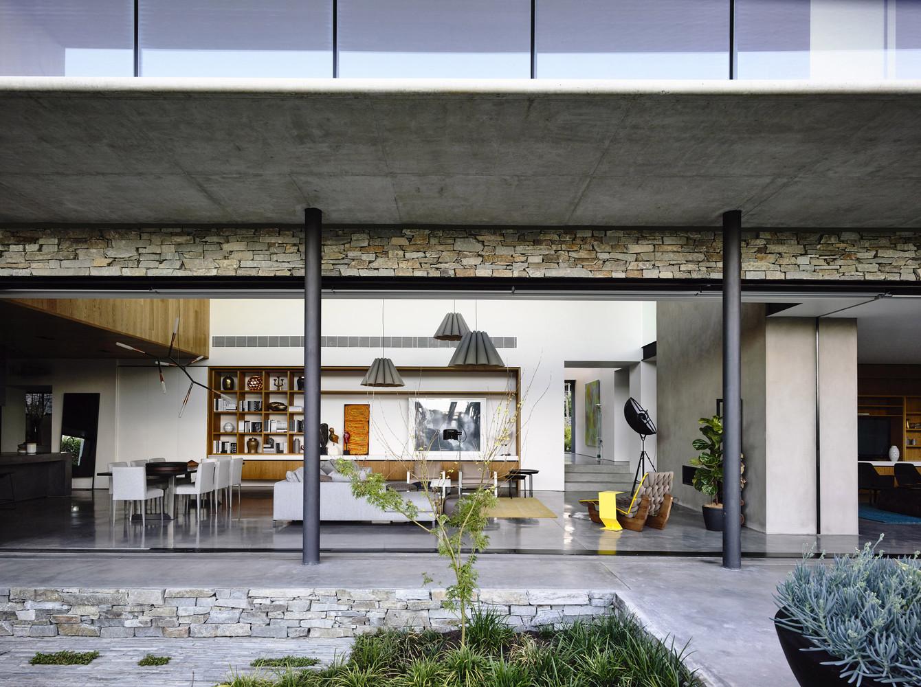 Concrete house by matt gibson architecture in melbourne australia