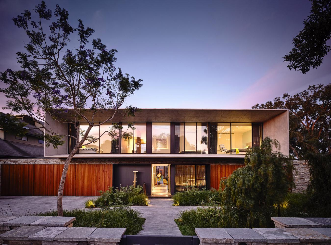 Concrete house by matt gibson architecture in melbourne for Modern home designs melbourne