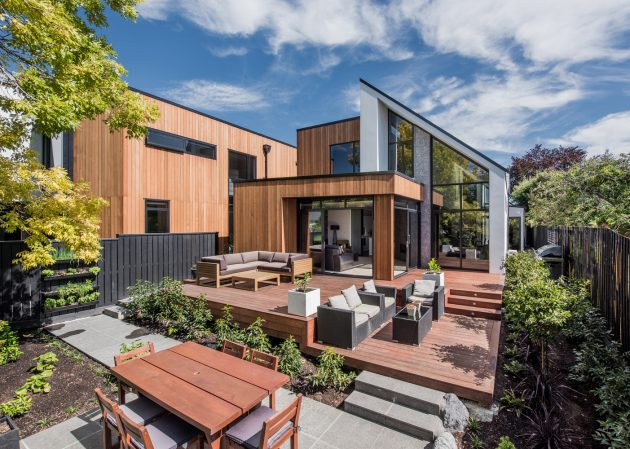 Gleneagles Terrace Homes by Cymon Allfrey Architects in New Zealand
