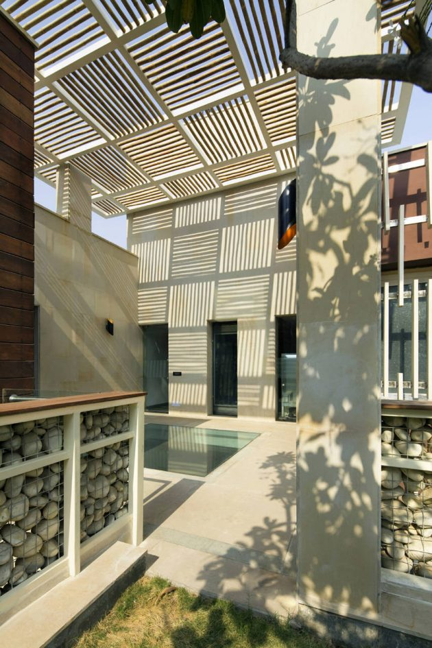 Kindred House by Anagram Architects in New Delhi, India