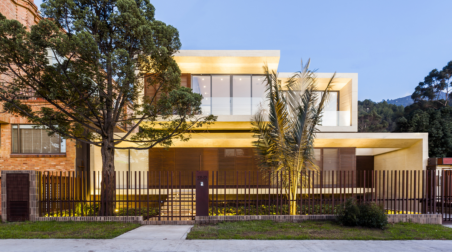 Mr House By H H Arquitectos In Bogota Colombia