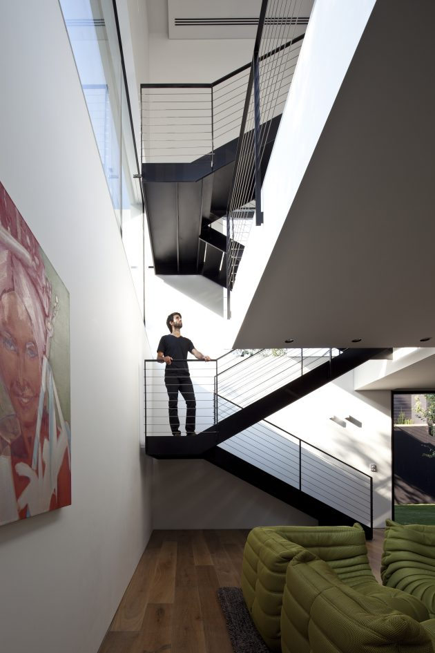 Ramat Gan House 2 by Pitsou Kedem Architects in Ramat Gan, Israel
