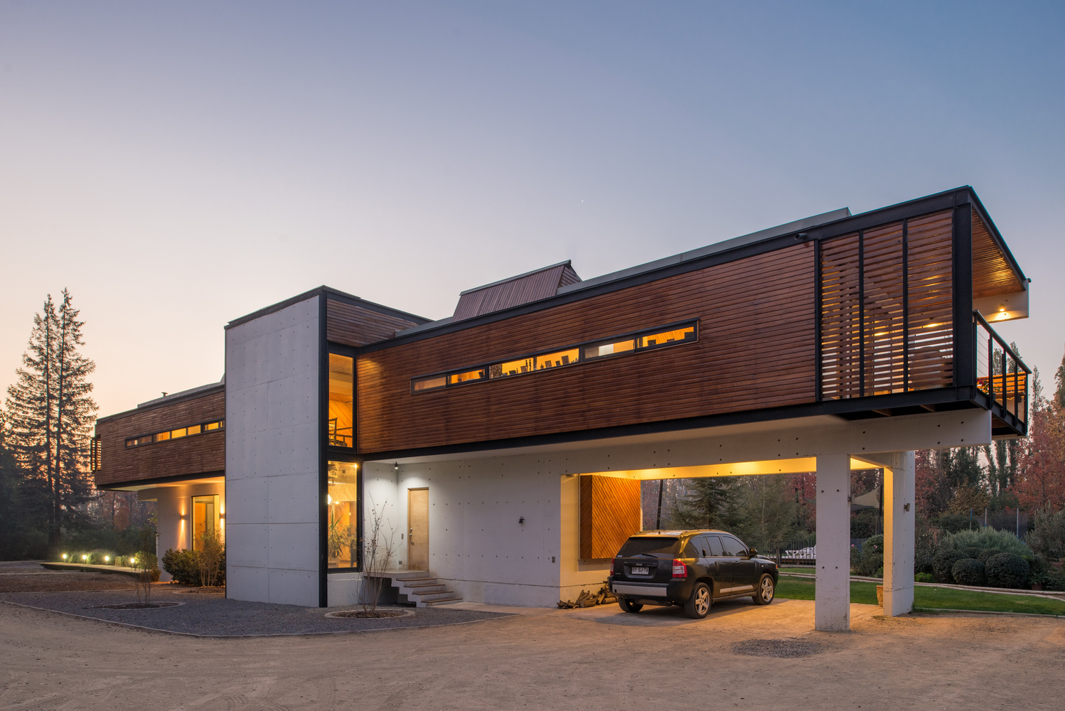 Rosales Quijada House by GITC Arquitectura in Chile
