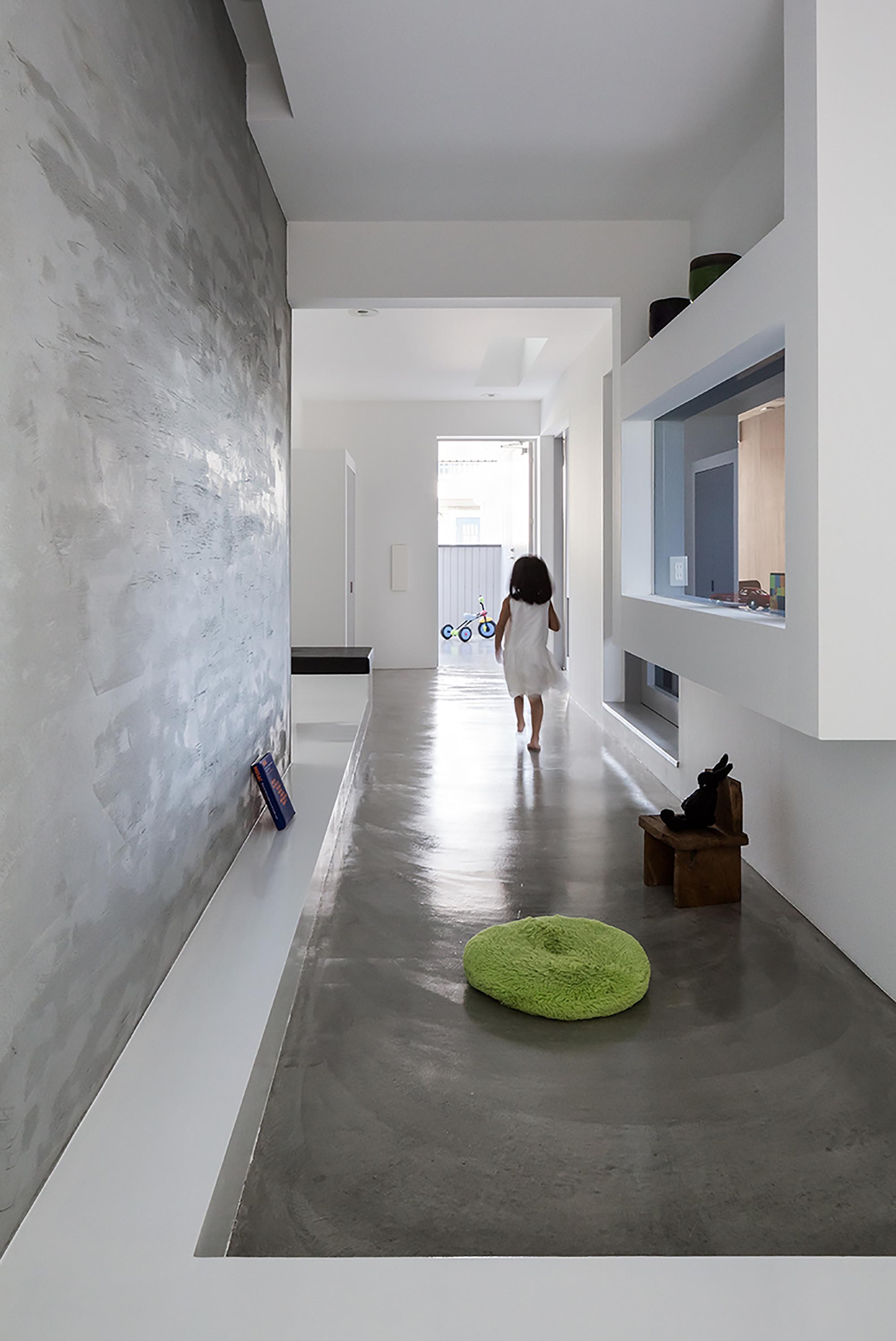 Scape House by FORM - Kouichi Kimura Architects in Shiga ...