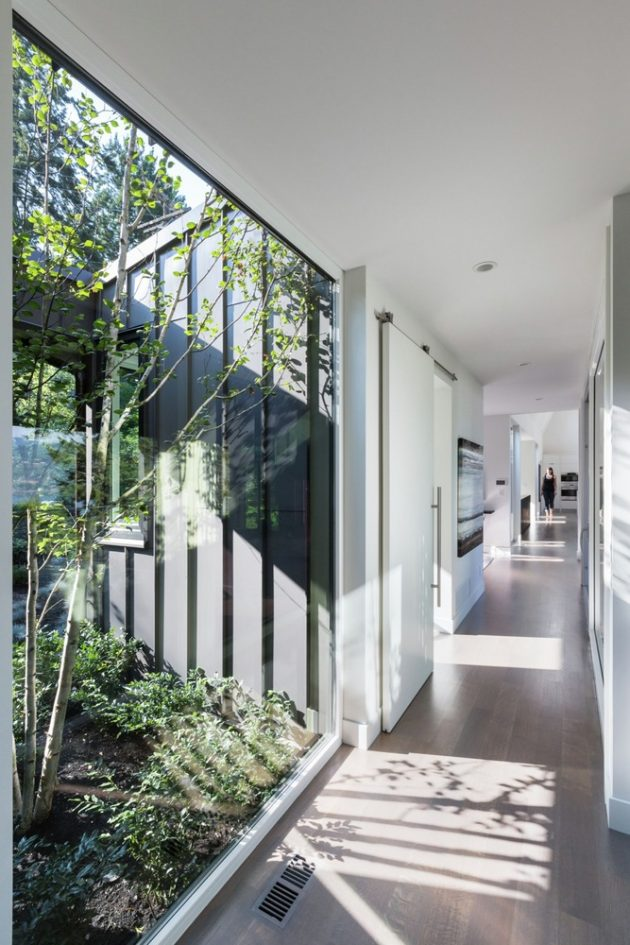 St. Georges by Randy Bens Architect in Vancouver, Canada