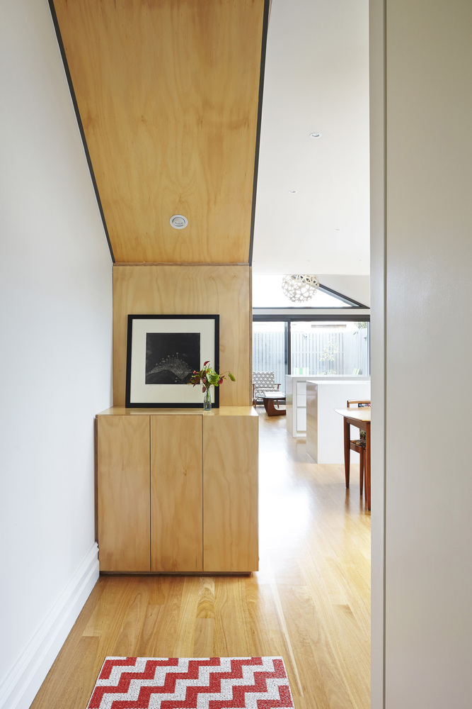 The Big Little House by Nic Owen Architects in Australia