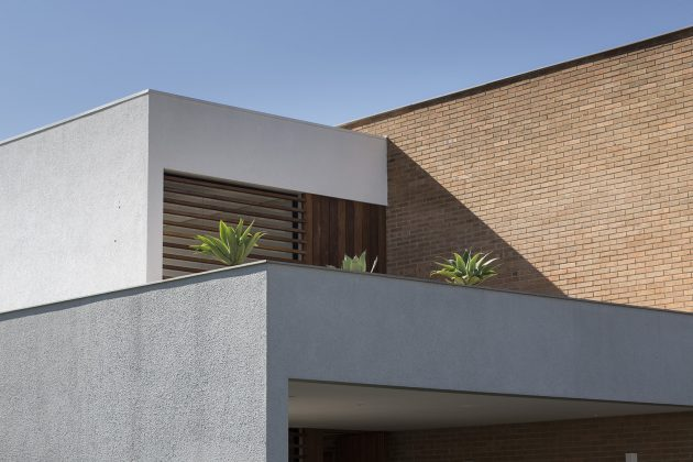 The C26 House by Seferin Arquitetura in Xangri-la, Brazil