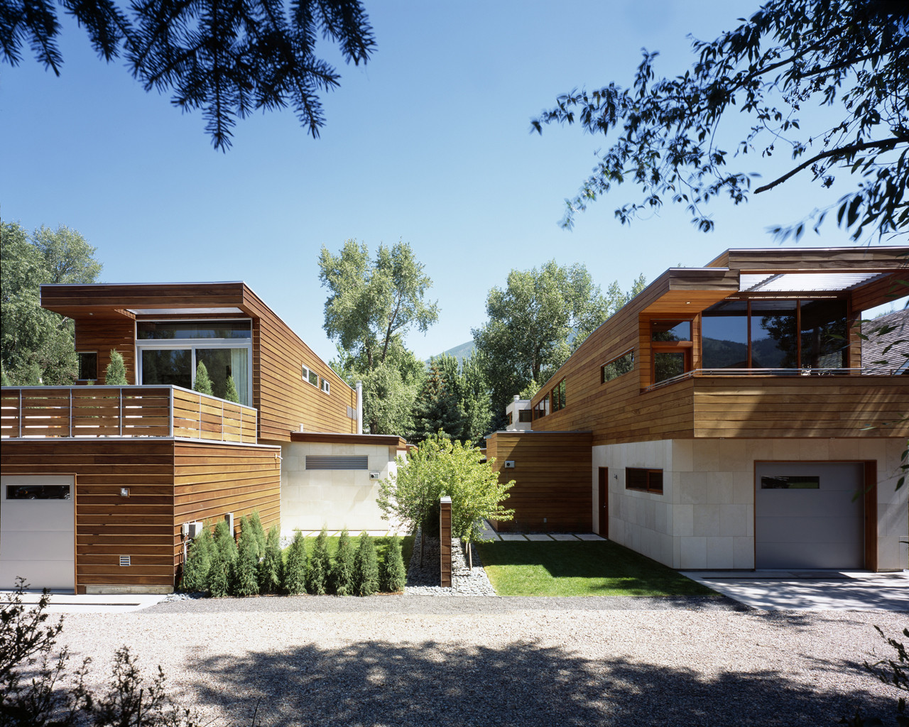 The nove 1 residences by studio b architects in aspen for Twin home plans