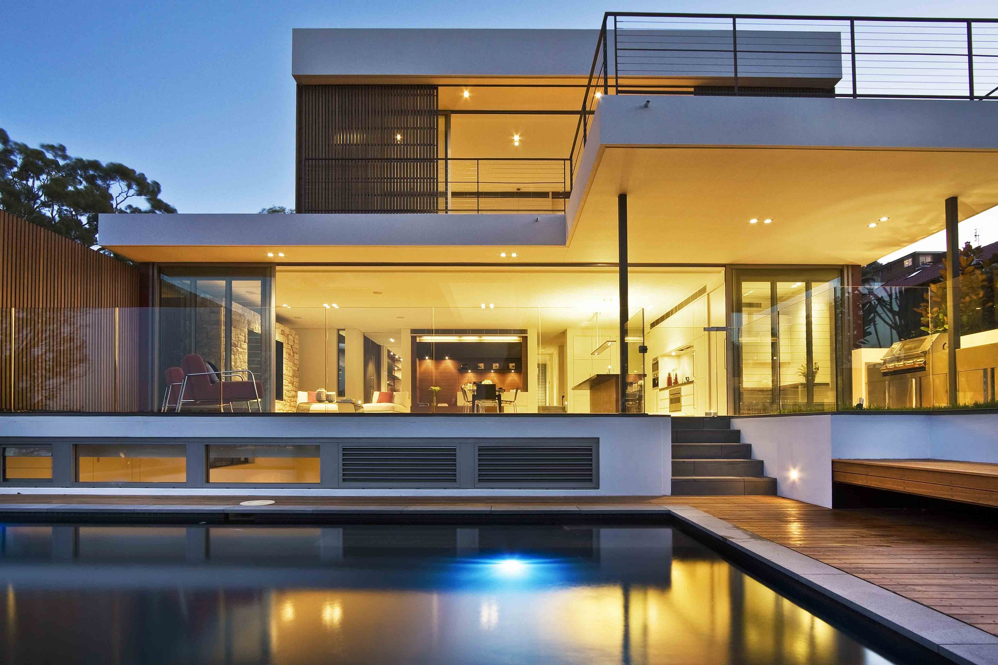 The warringah road house by corben architects in sydney australia