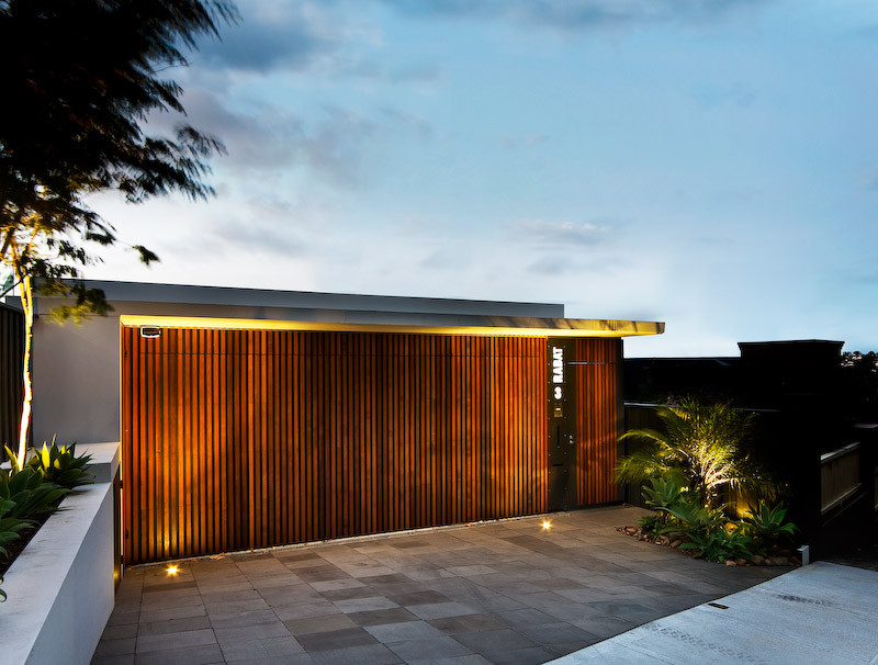 The Warringah Road House by Corben Architects in Sydney ...