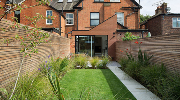 8 Gorgeous Garden Fences and Walls