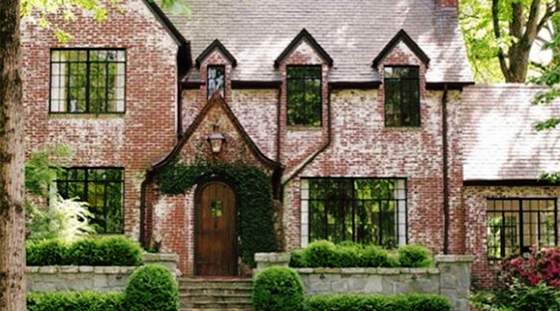 This Old Brick: Restoring the Brightness of Your Building's Exterior With Ease