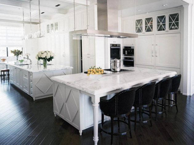 18 Kitchen Islands With Seating In Traditional Style