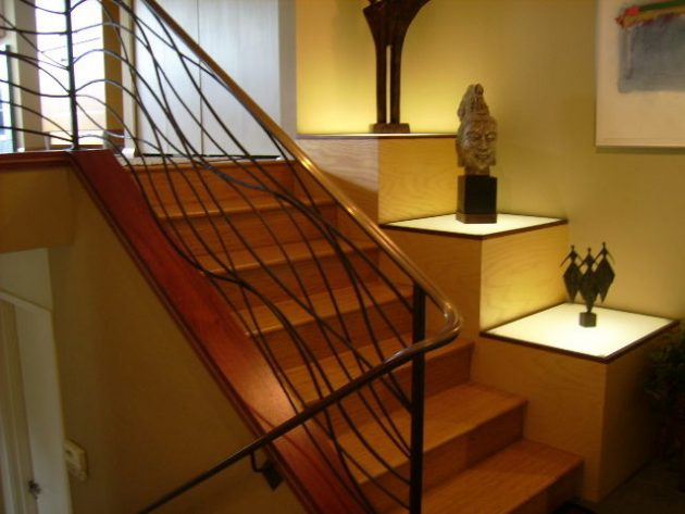 19 Extraordinary Railing Designs To Beautify Your Internal Stairs