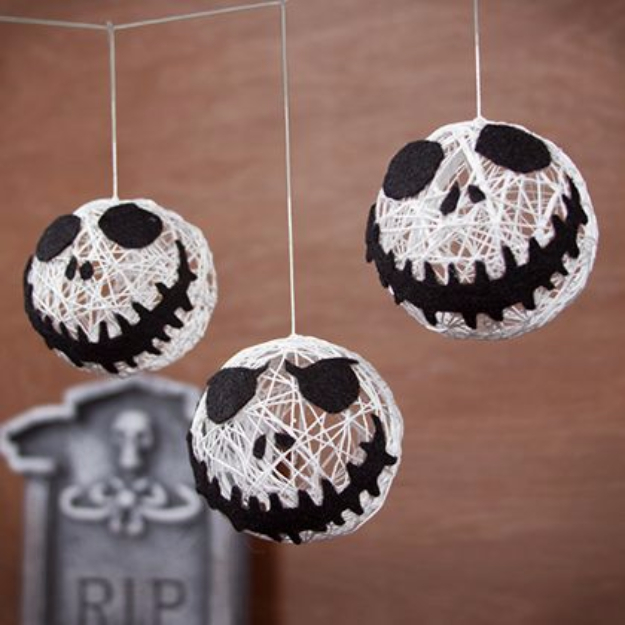 15 Effortless DIY Halloween Party Decorations You Can Make In No Time