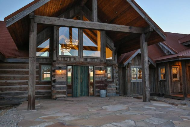 15 Enticing Rustic Entrance Designs That Will Tempt You To Go In