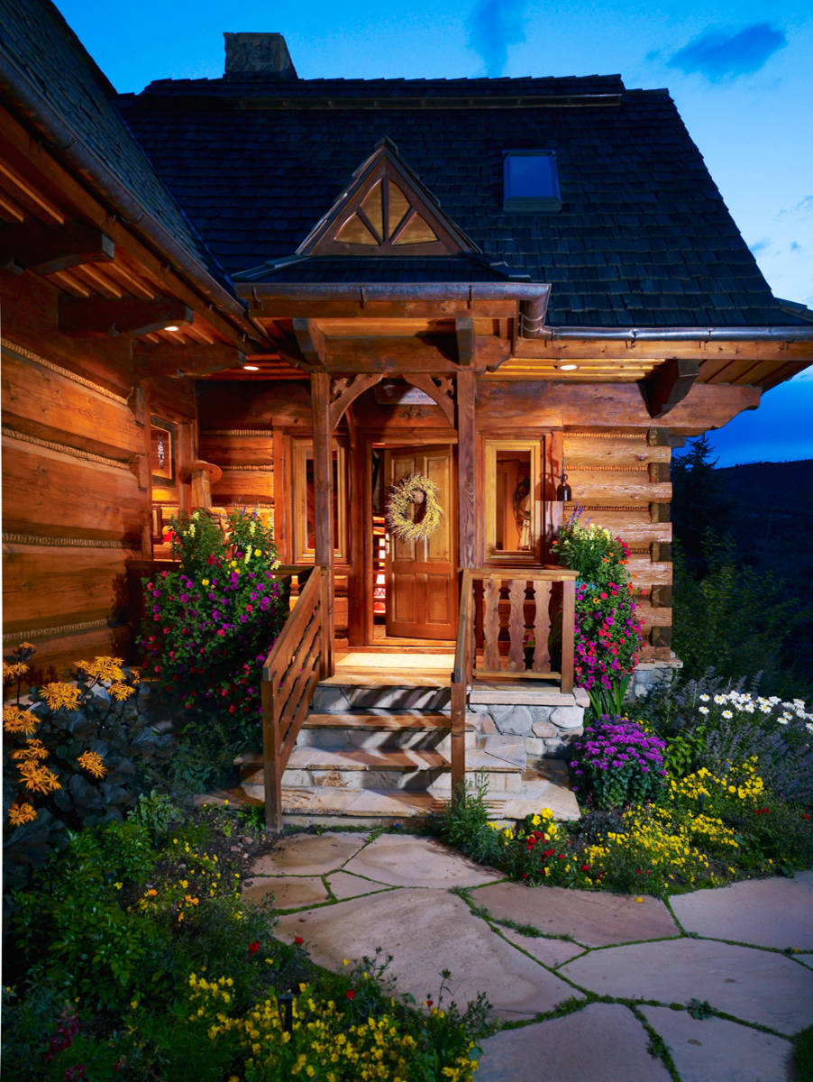 15 enticing rustic entrance designs that will tempt you to for Cabin landscaping