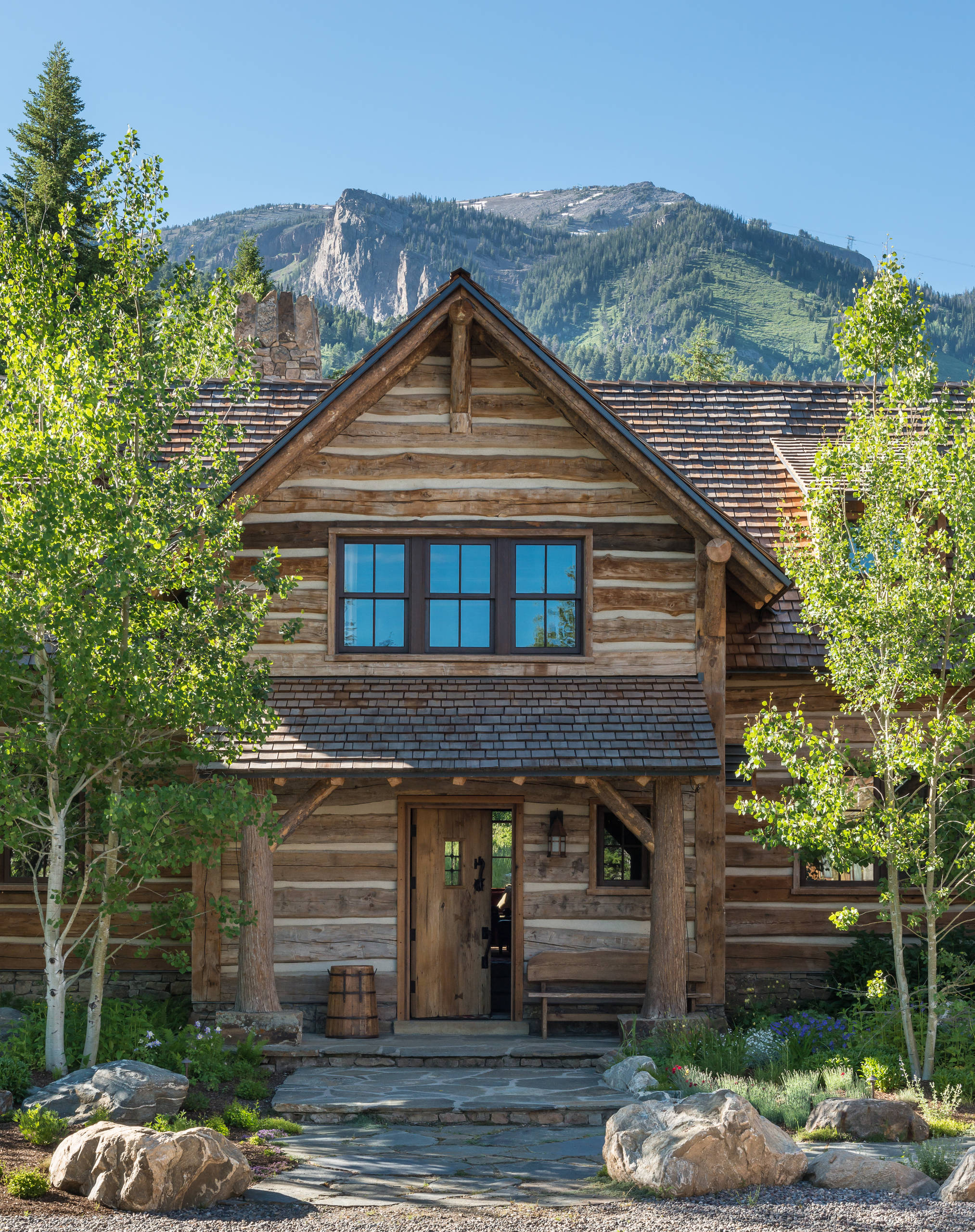 15 spectacular rustic exterior designs that you must see for Exterior architecture