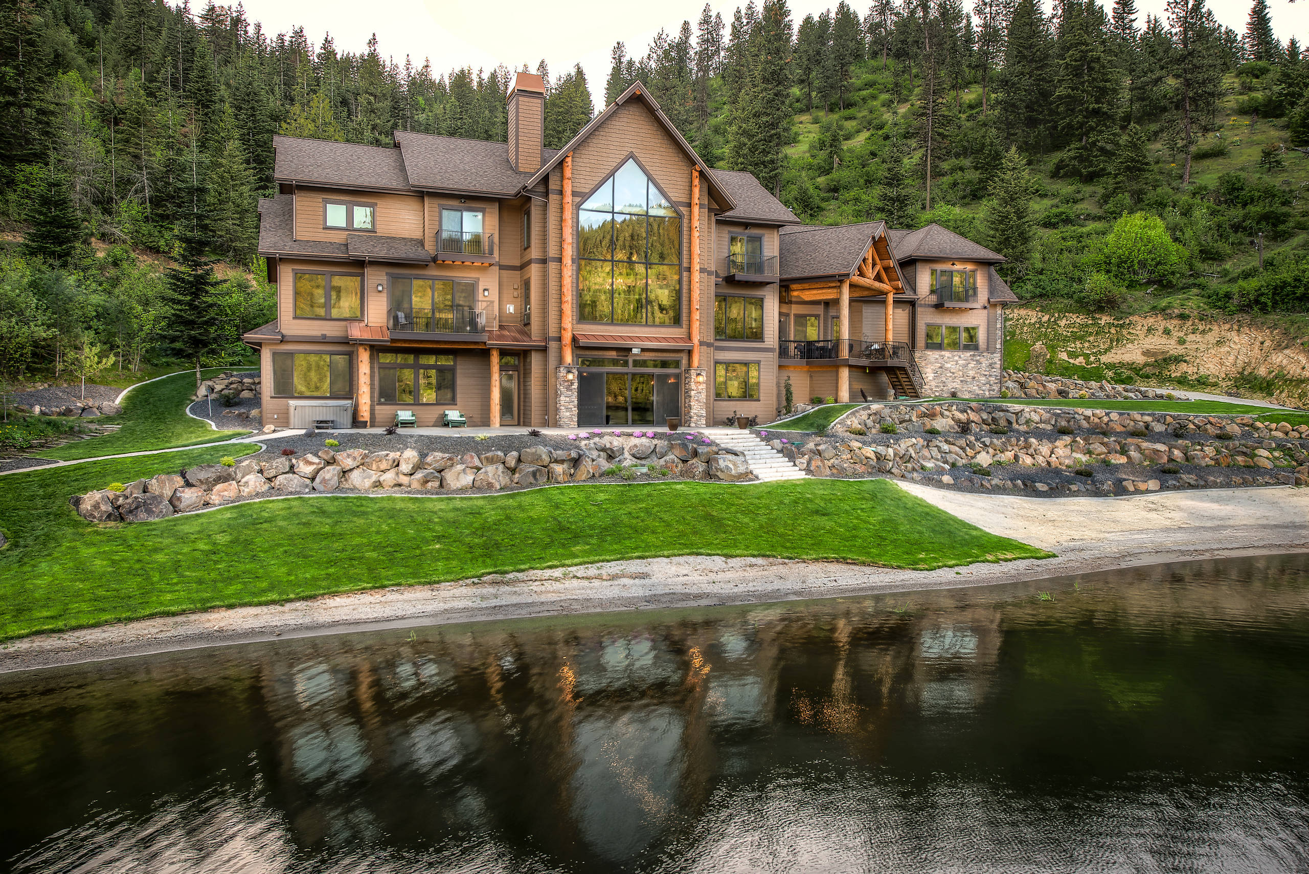 exterior rustic lake lodge designs must custom spectacular homes residential glass aspen built source doors architectureartdesigns builders commercial river