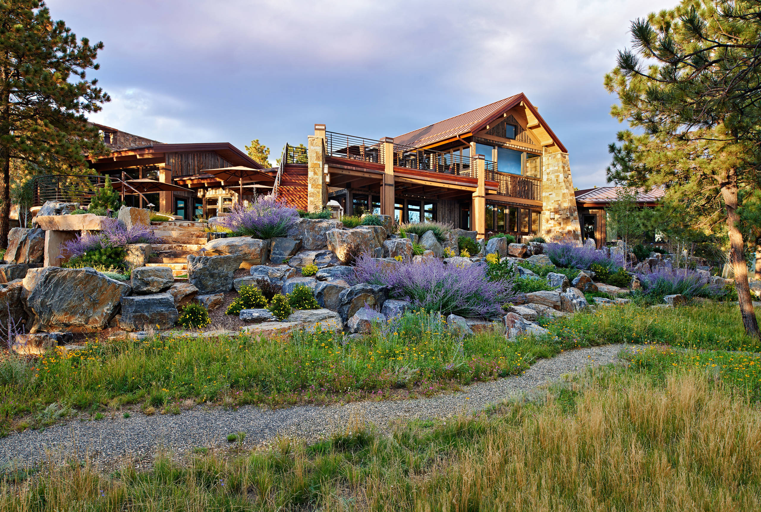 15 spectacular rustic exterior designs that you must see for Colorado mountain home designs