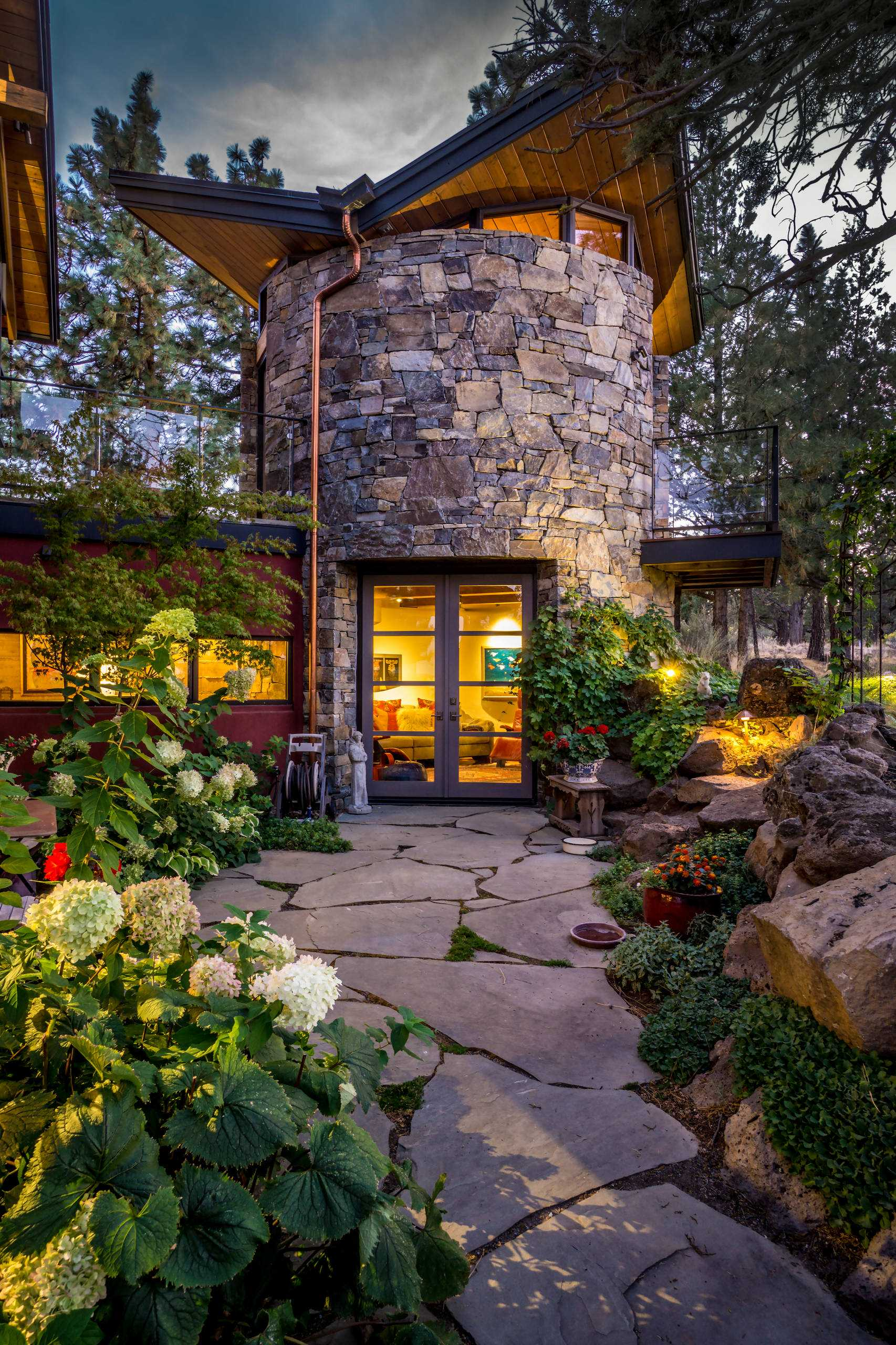 15 Stunning Rustic Landscape Designs That Will Take Your ... on Stunning Backyards  id=65409