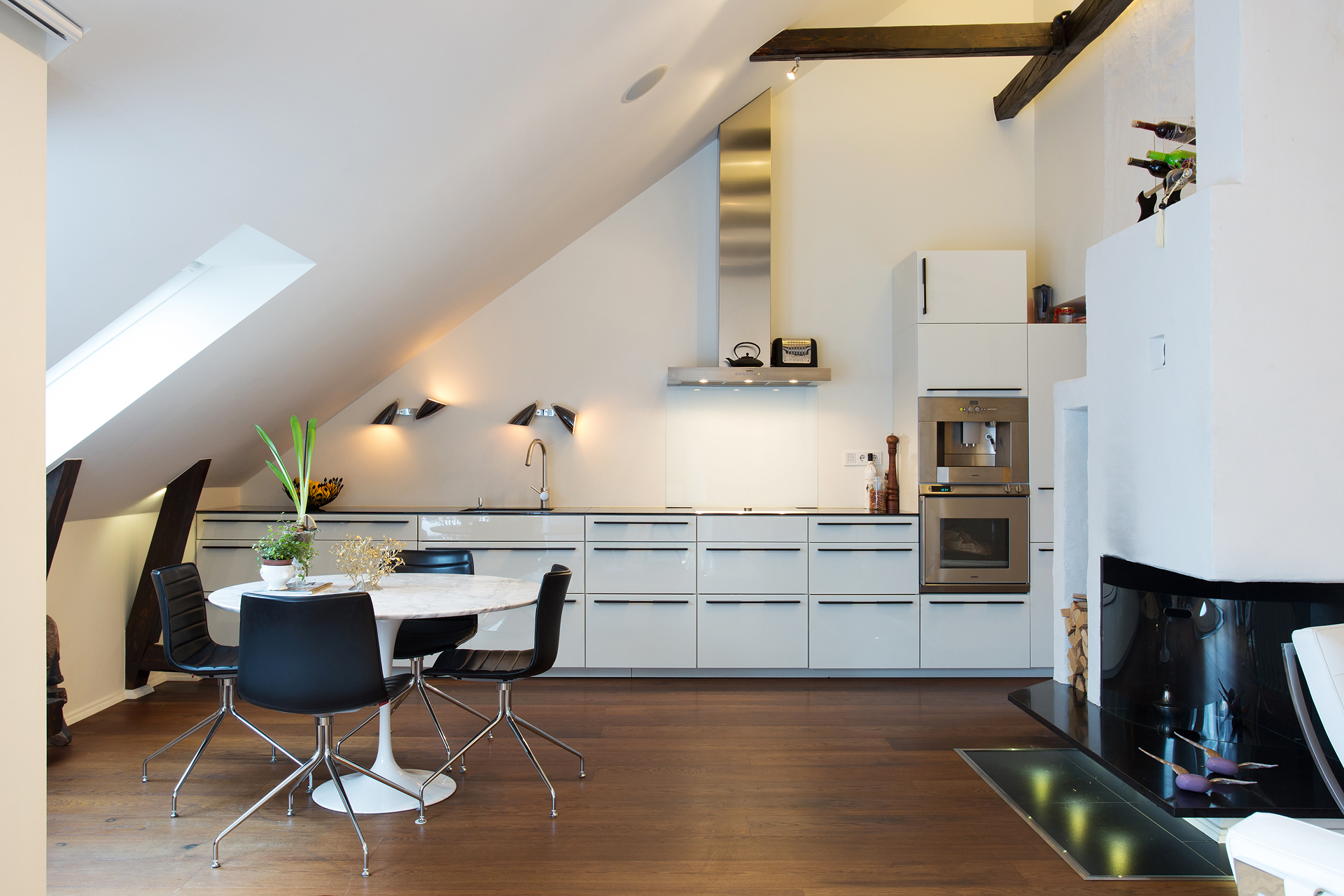 Attic Kitchen 16 Super Functional Attic Kitchens That Will Impress You