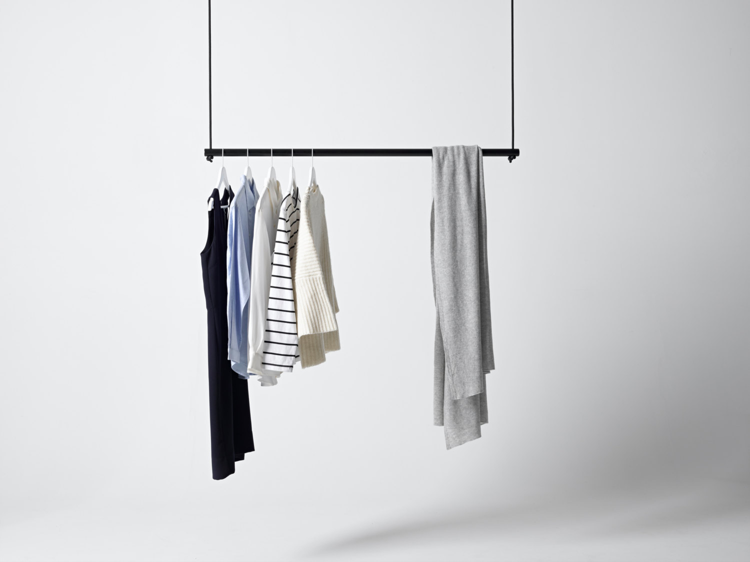 16 Super Simple Clothes Rail Designs That You Can Make By