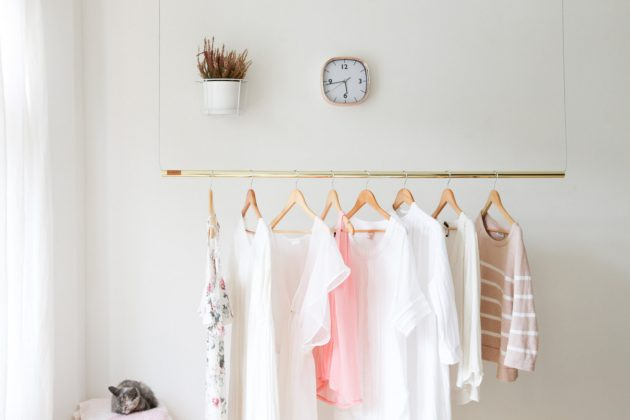 16 Super Simple Clothes Rail Designs That You Can Make By Yourself