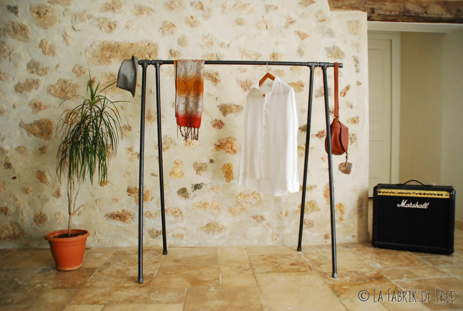 16 super simple clothes rail designs that you can make by yourself. Black Bedroom Furniture Sets. Home Design Ideas