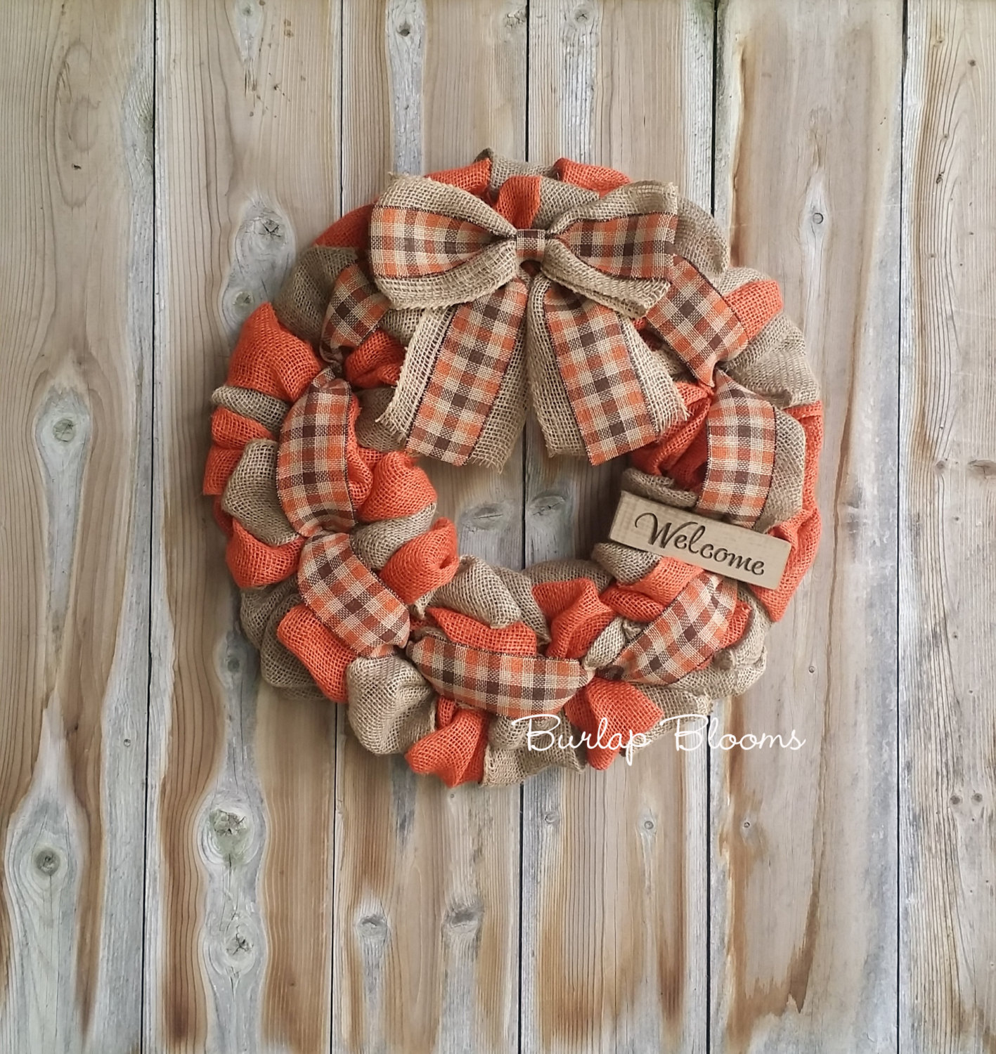 Great Ways To Use Burlap In Home Decor: 16 Whimsical Handmade Thanksgiving Wreath Designs For Your