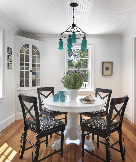 17 Simple But Elegant Small Dining Room
