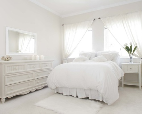 10 Really Fascinating White Bedroom Designs In French Style
