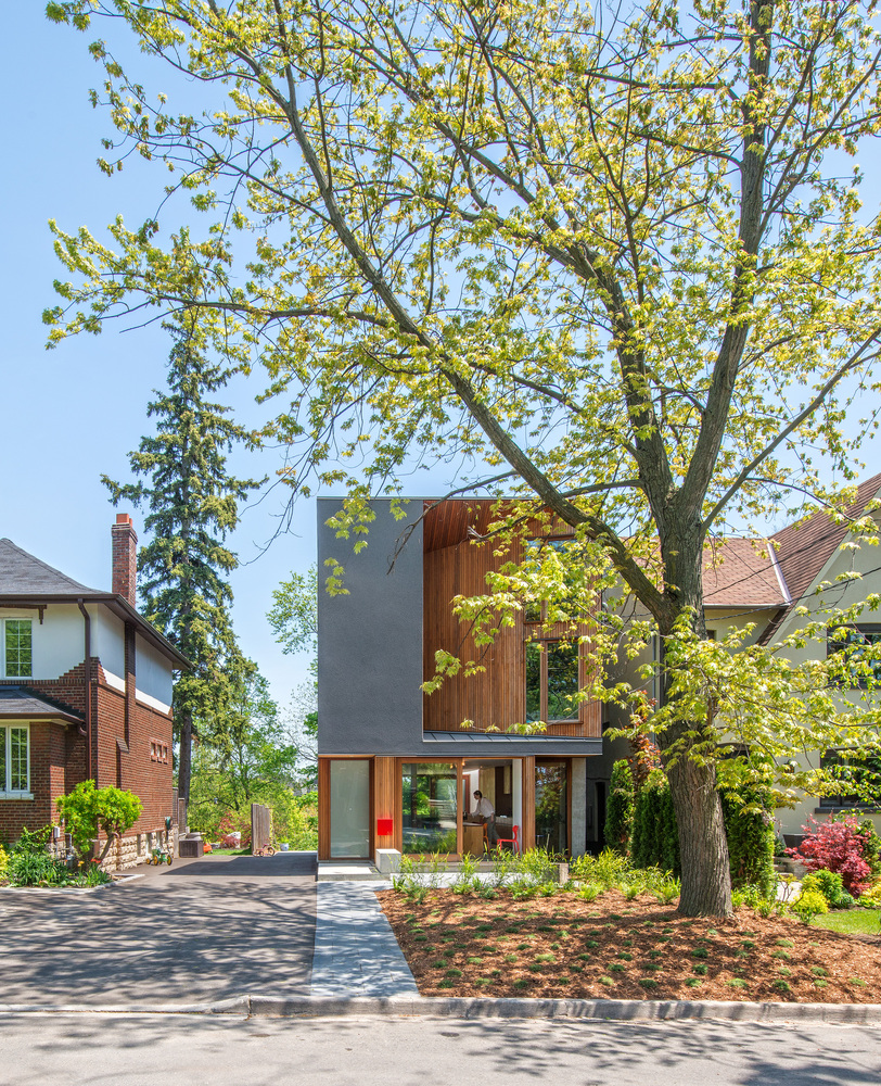 Bala Line House by Williamson Chong Architects in Toronto ...