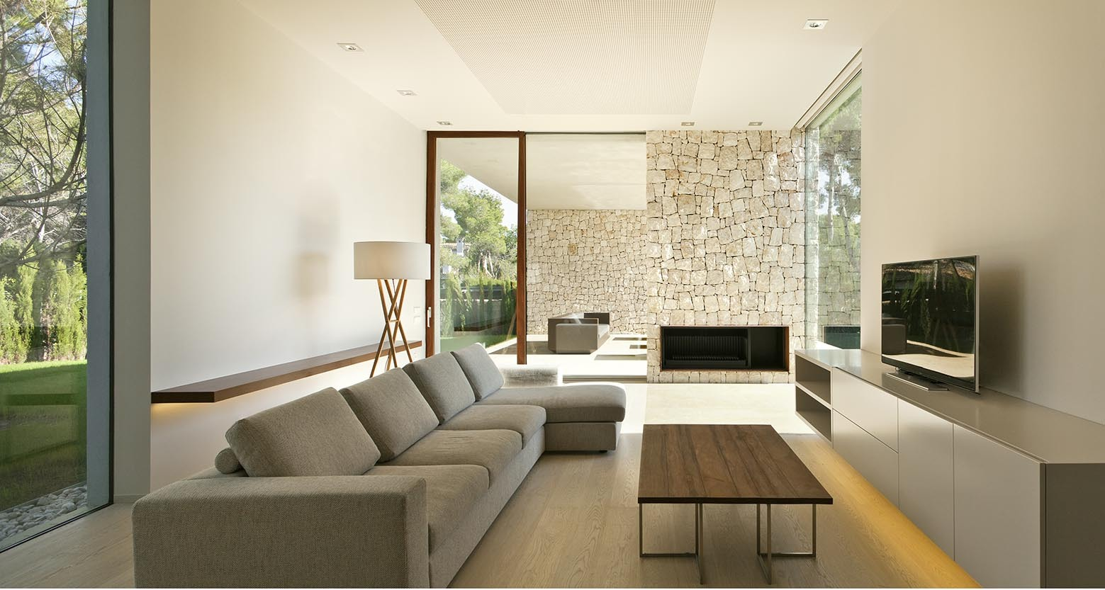 El bosque house by ramon esteve in valencia spain - Ramon esteve estudio ...