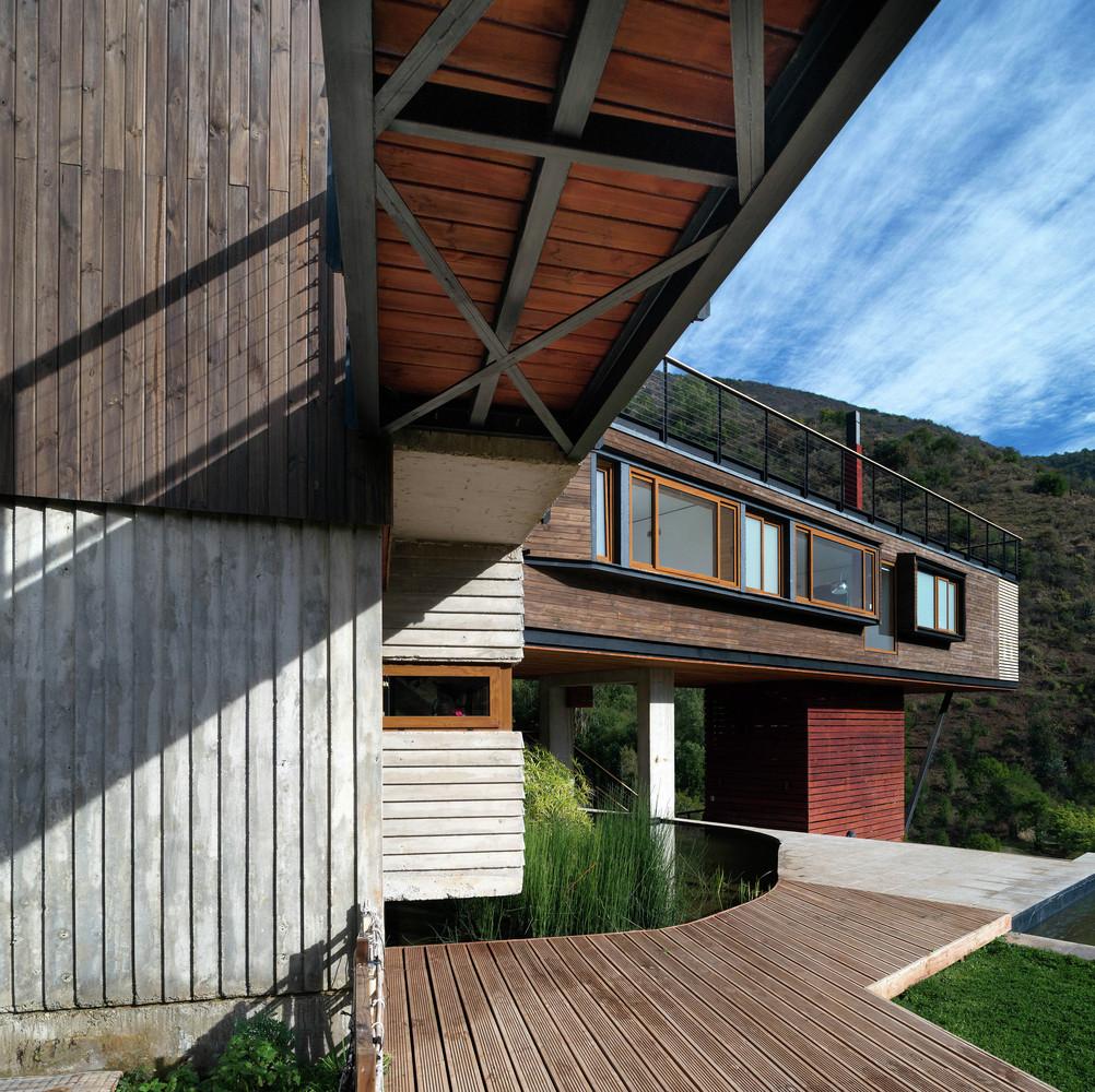 El maqui house by gitc arquitectura in quebrada el maqui for Arquitectura interior