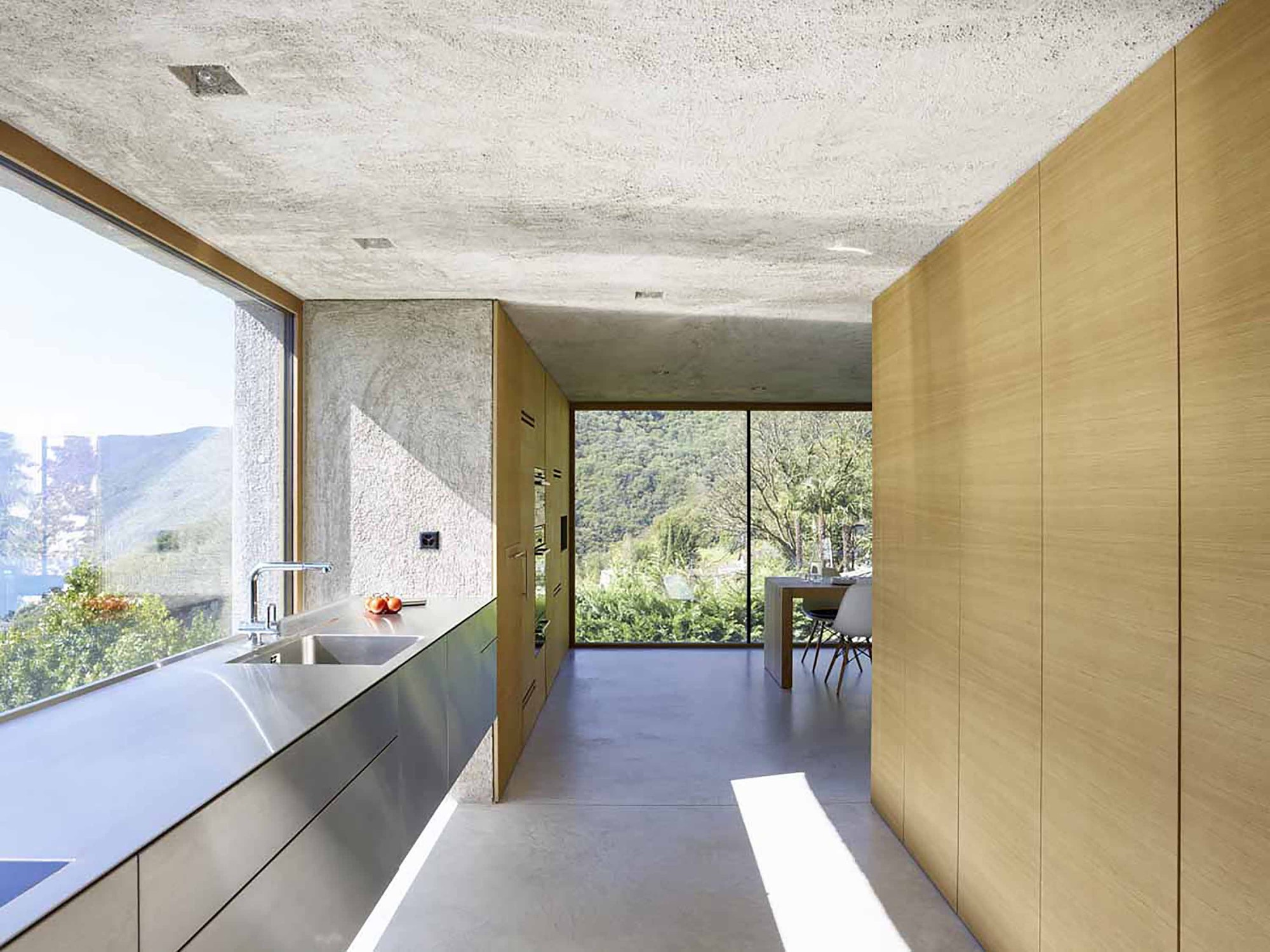 House in brissago by wespi de meuron romeo architects in for Design in casa