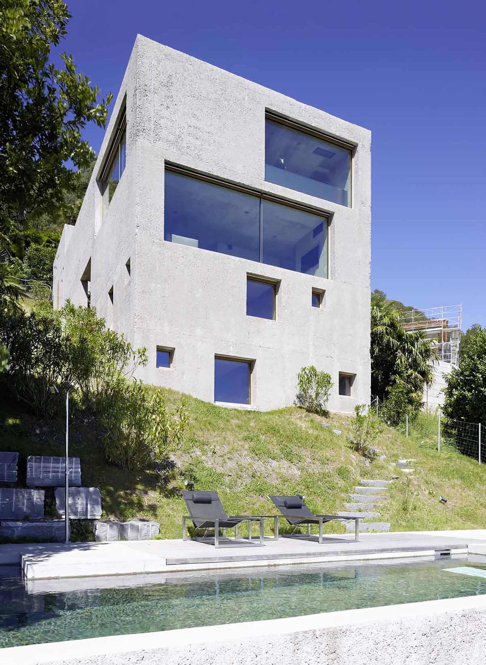 House in brissago by wespi de meuron romeo architects in for Architecture suisse