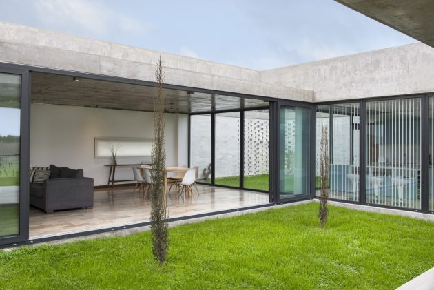 RB House by Fritz + Fritz Arquitectos in Buenos Aires, Argentina