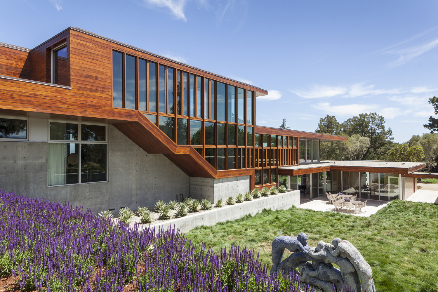 Vidalakis residence by swatt miers architects in portola - Residence calistoga strening architects californie ...
