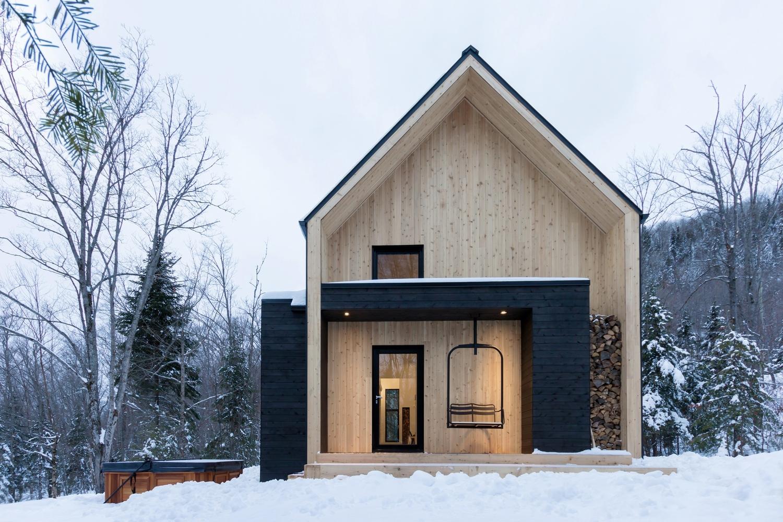 Villa Boreale By Cargo Architecture In Charlevoix Canada